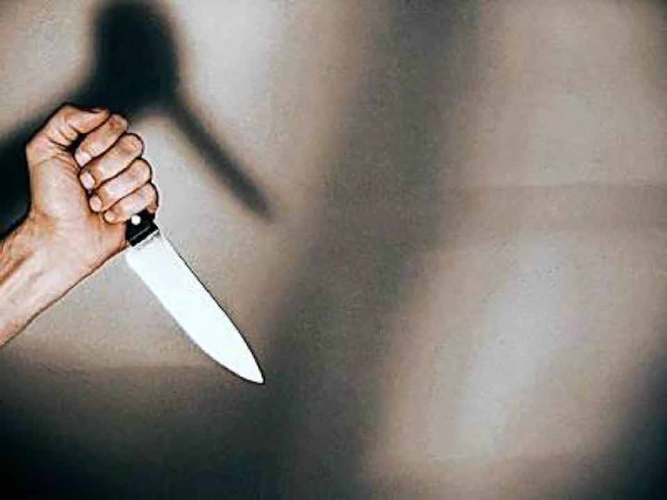 Mit einem Messer ging ein 39-jähriger ...senbahnstraße auf einen Landsmann los.  | Foto: fotolia.com/Falko Matte