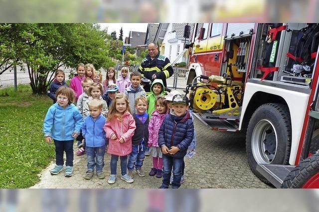 Was macht die Feuerwehr?