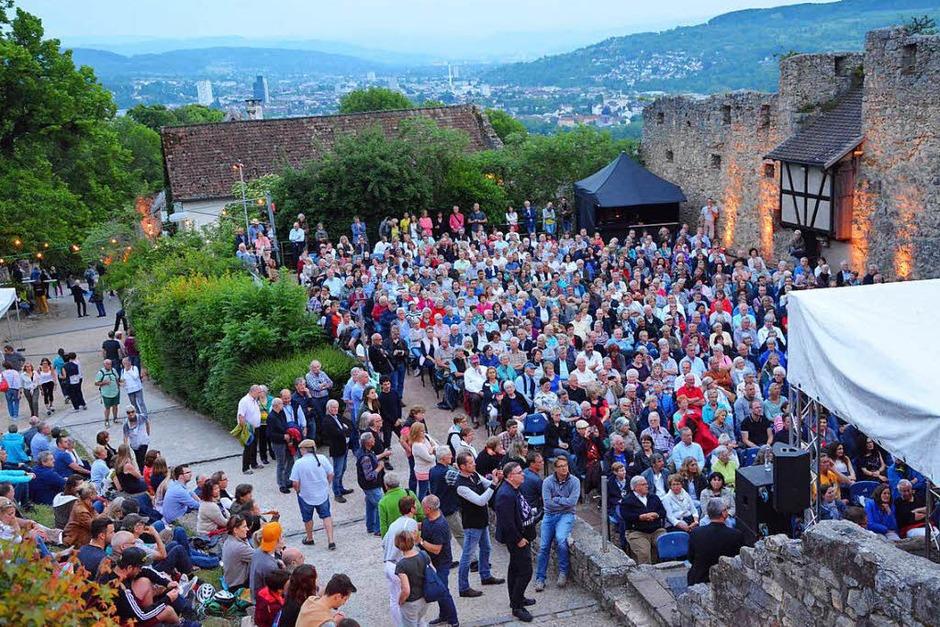 Tolle Stimmen und Musiker vor einer einmaligen Kulisse: Jazz auf der Burg 2018 (Foto: Barbara Ruda)