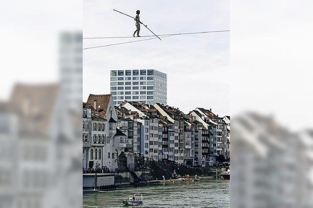 Balanceakt über dem Rhein