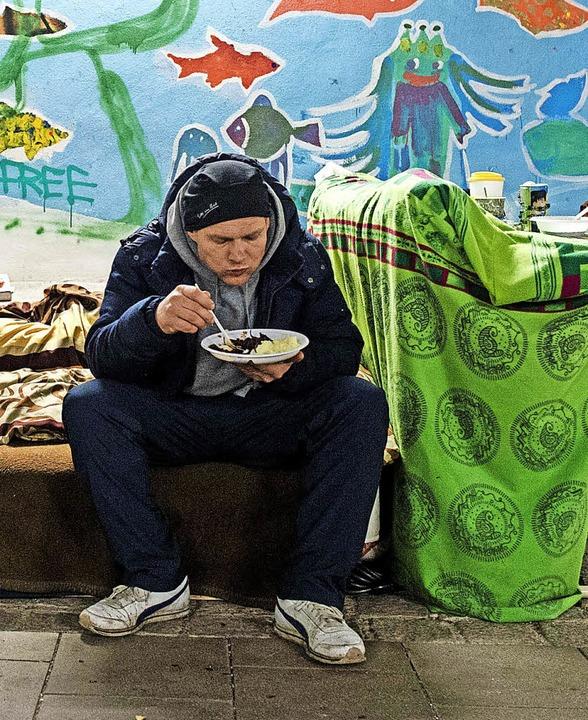Immer mehr Menschen sind von Obdachlosigkeit bedroht.   | Foto: dpa