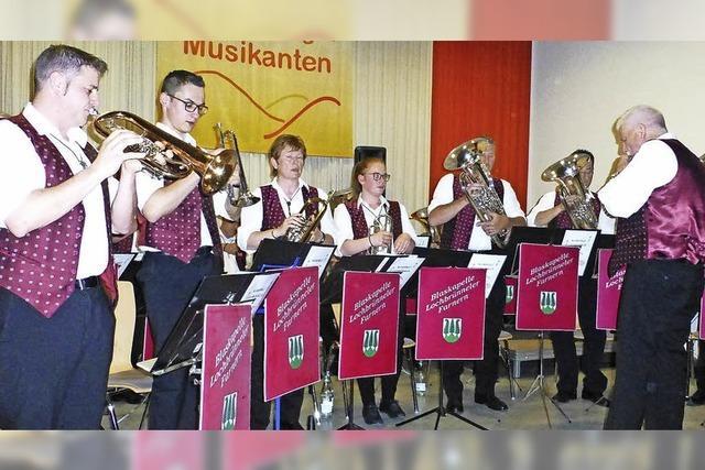Blasmusik mit Schweizer Freunden