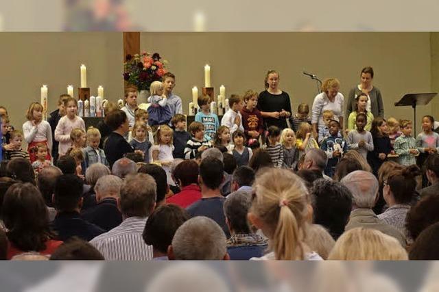 Erster Auftritt des neuen Kinderchors