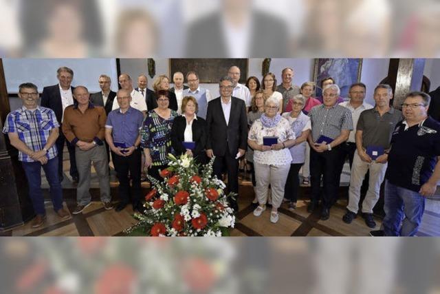 Dieter Salomon ehrte zum letzten Mal Dienstjubilare der Stadt Freiburg