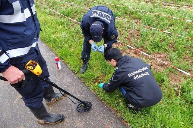 Bluttat bei Offenburg: Ermittler finden mögliche Beweismittel