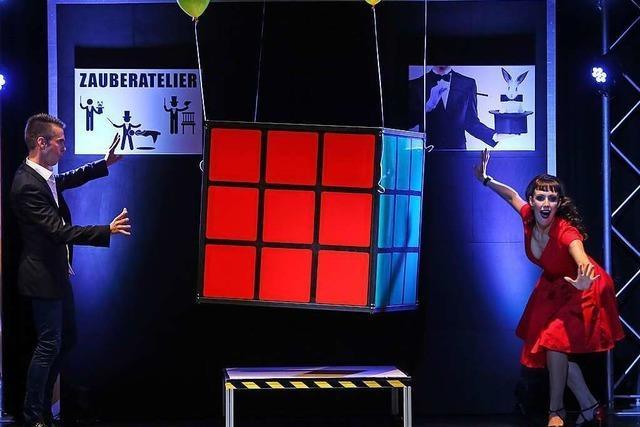 Magier Willi Auerbach zaubert bei der Weltmeisterschaft in Südkorea