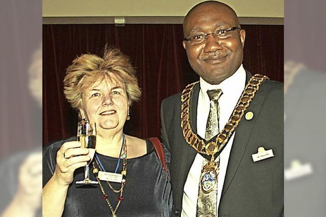Englische Partnerstadt hat den ersten Bürgermeister mit afrikanischen Wurzeln