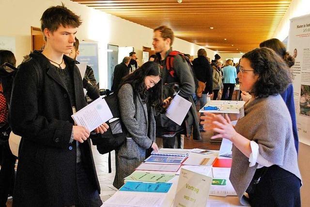 Wissen in Theorie und Praxis: Studieren im Dreiländereck