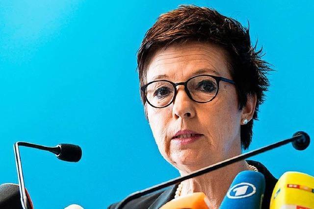 Bundesamt überprüft 18.000 Asyl-Entscheidungen in Bremen