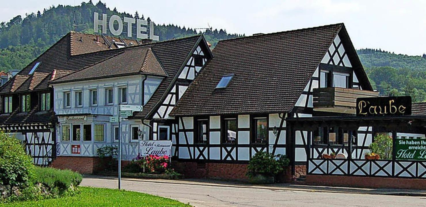 Wurde als Flüchtlingsunterkunft vom La...elehnt: das Hotel Laube in Heuweiler.   | Foto: Christian Ringwald