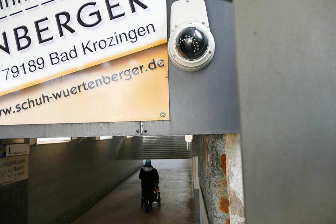 Videoaufnahmen werden im Gericht ausgewertet.  | Foto: Frank Schoch