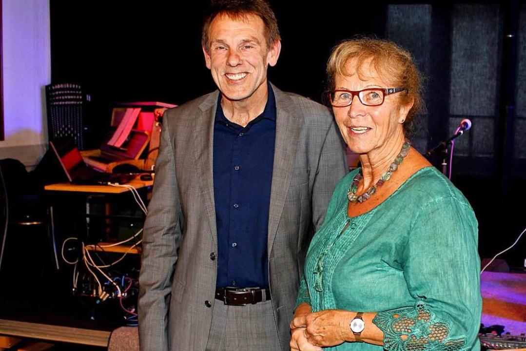 Annemarie Weber mit Bürgermeister Jürgen Multner.  | Foto: Heiner Fabry
