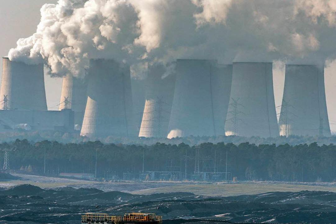 Braunkohletageabbau und Kraftwerke in der Lausitz  | Foto: DPA