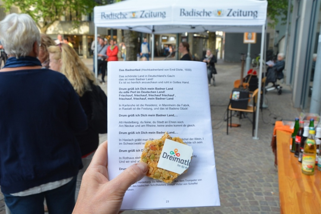 Der Dreimatland!-Riegel sorgt für die Stärkugn zwischendurch.  | Foto: Barbara Ruda