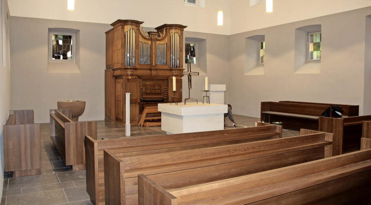 Blick in das Innere der Michaelskirche nach erfolgter Renovierung  | Foto: Rolf-Dieter Kanmacher