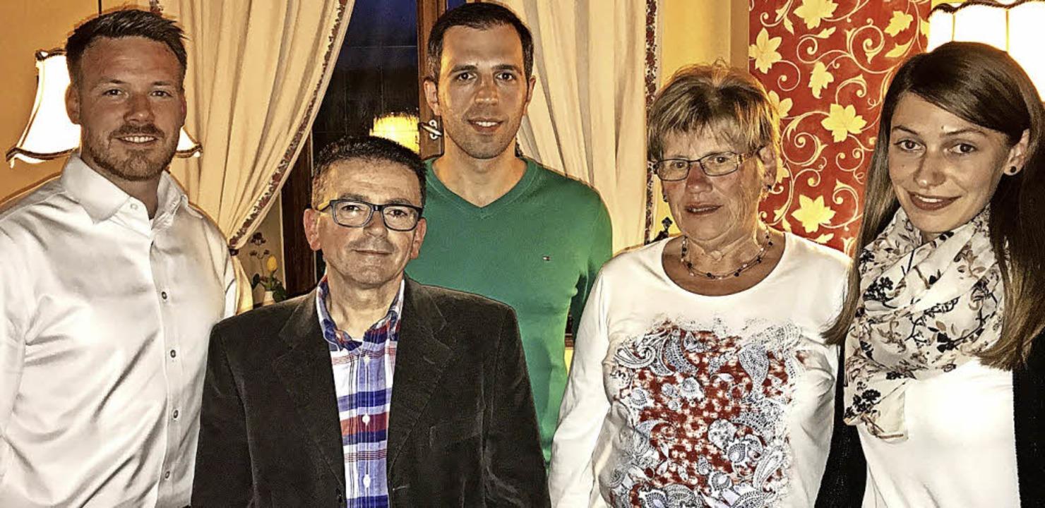 Der neue Vorsitzende des Turnvereins T...ererin des Vereins, Lena Winterhalter   | Foto: tv Todtnau