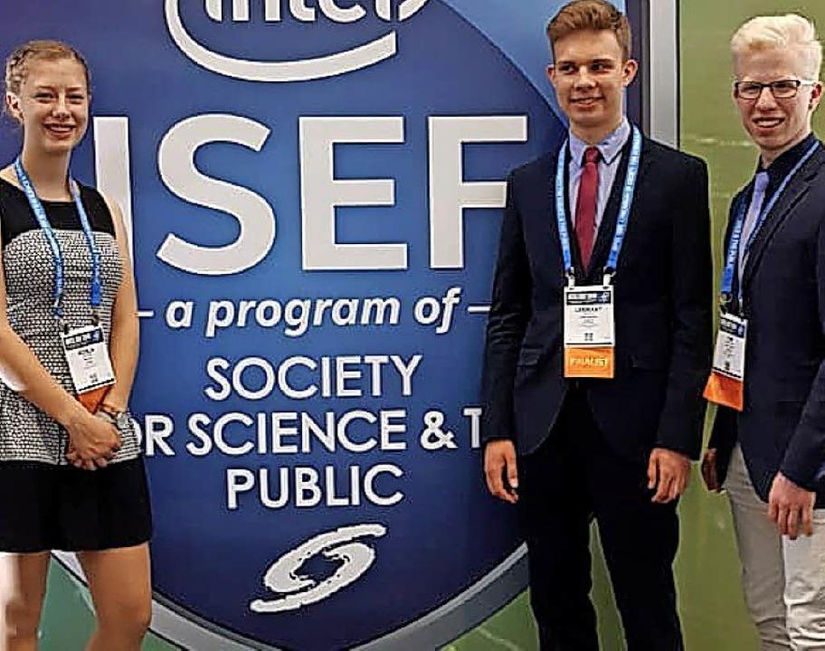 Erfolgreiche Nachwuchswissenschaftler:...rt Resch und Tim Kubetzko  (von links)  | Foto: Phaenovum