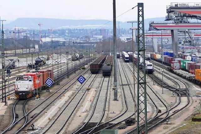 Erneut neun Flüchtlinge auf dem Güterzug