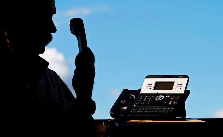 Nicht erfolgreich: Telefonbetrüger gib...t aus, aber wird erkannt (Symbolbild).  | Foto: dpa