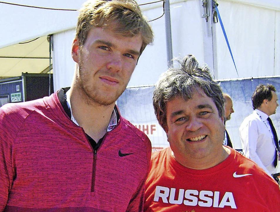 BZ-Mitarbeiter Heinz Wittmann traf Eis...id (links)  bei der WM in Kopenhagen.     Foto: Kevin Wittmann