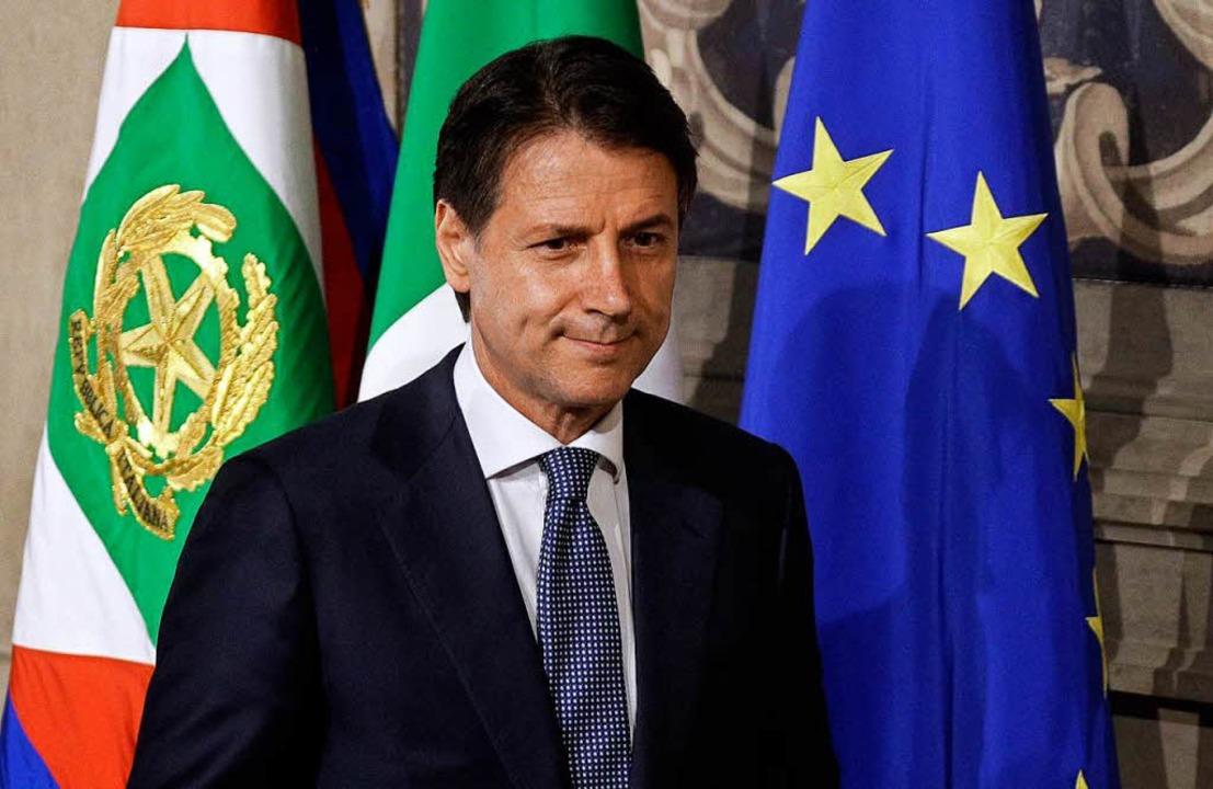 Giuseppe Conte, Universitätsprofessor ...Italiens Staatspräsidenten Mattarella.  | Foto: dpa