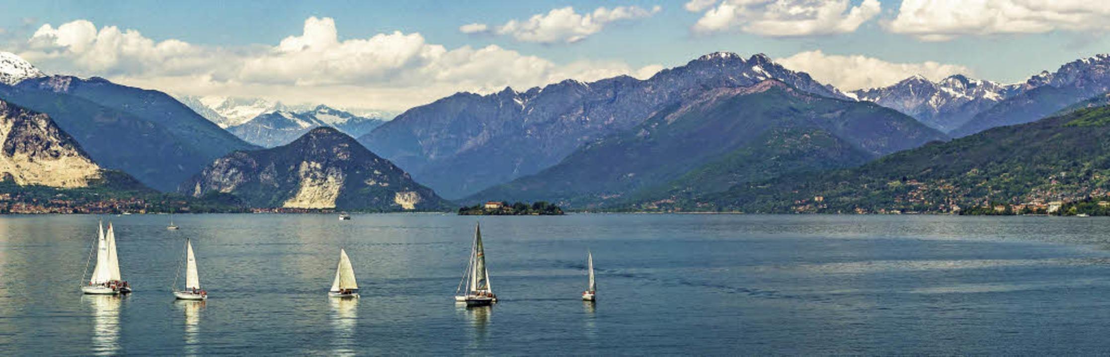 Seglerparadies: der Lago Maggiore an d...e zwischen Südschweiz und Norditalien   | Foto: Bertrand/kawika82it (stock.adobe.com)