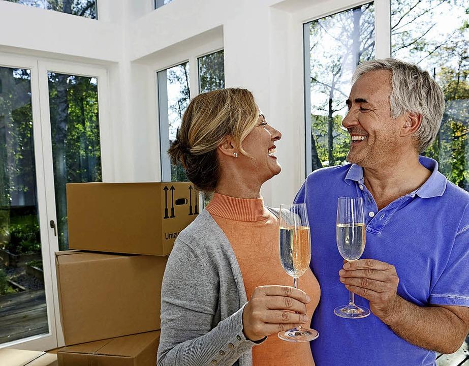 Neues Heim mit 50 plus: Die Ansprüche ...raum ändern sich im Laufe des Lebens.   | Foto: Michael Reusse (dpa)