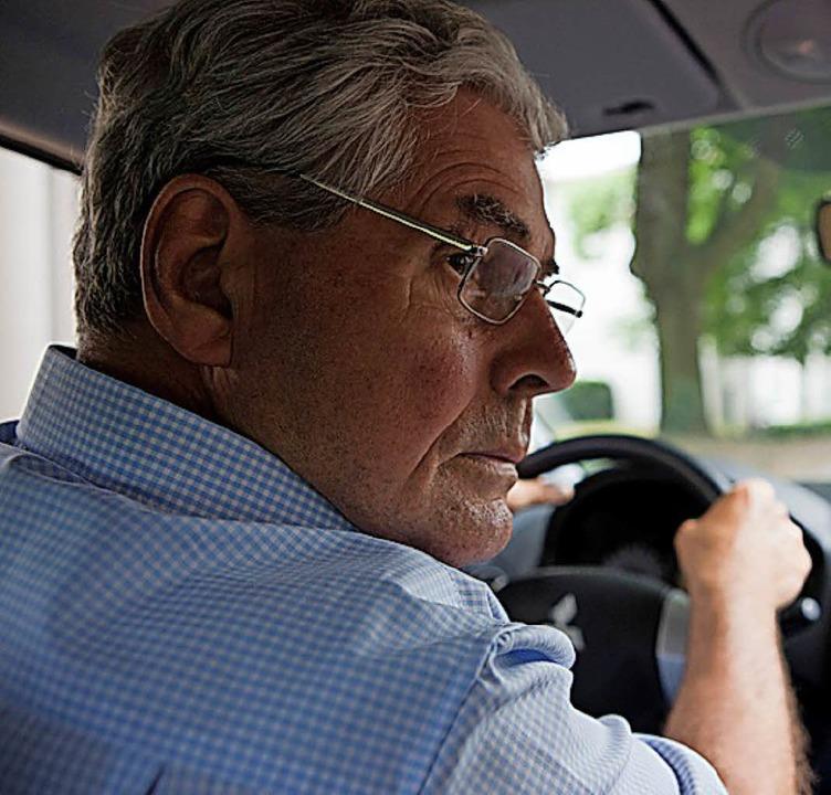 Autofahren ist auch älteren Menschen wichtig.   | Foto: dpa