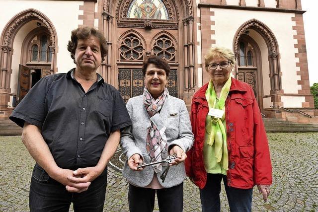 """""""Kirchenwächter"""" sorgen dafür, dass die Herz-Jesu-Kirche im Stühlinger offen steht"""