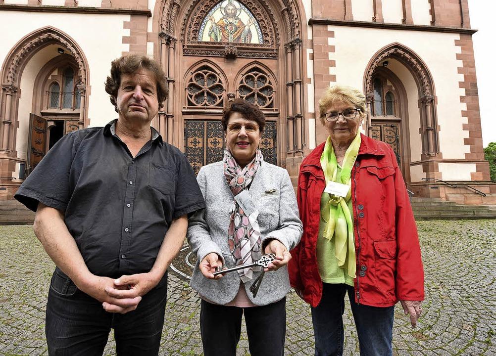 """Die """"Wächter"""" der Herz-Jes...tork, Gerti Müller und Christel Hauser    Foto: Rita Eggstein"""