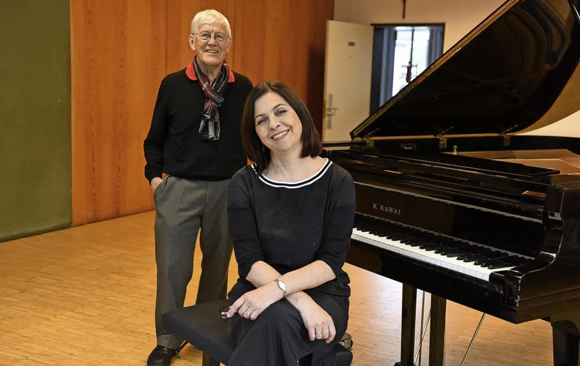 Sie haben russische Kultur in Weingart...lemens Rietmann und Tatjana Vinokurova  | Foto: rita eggstein
