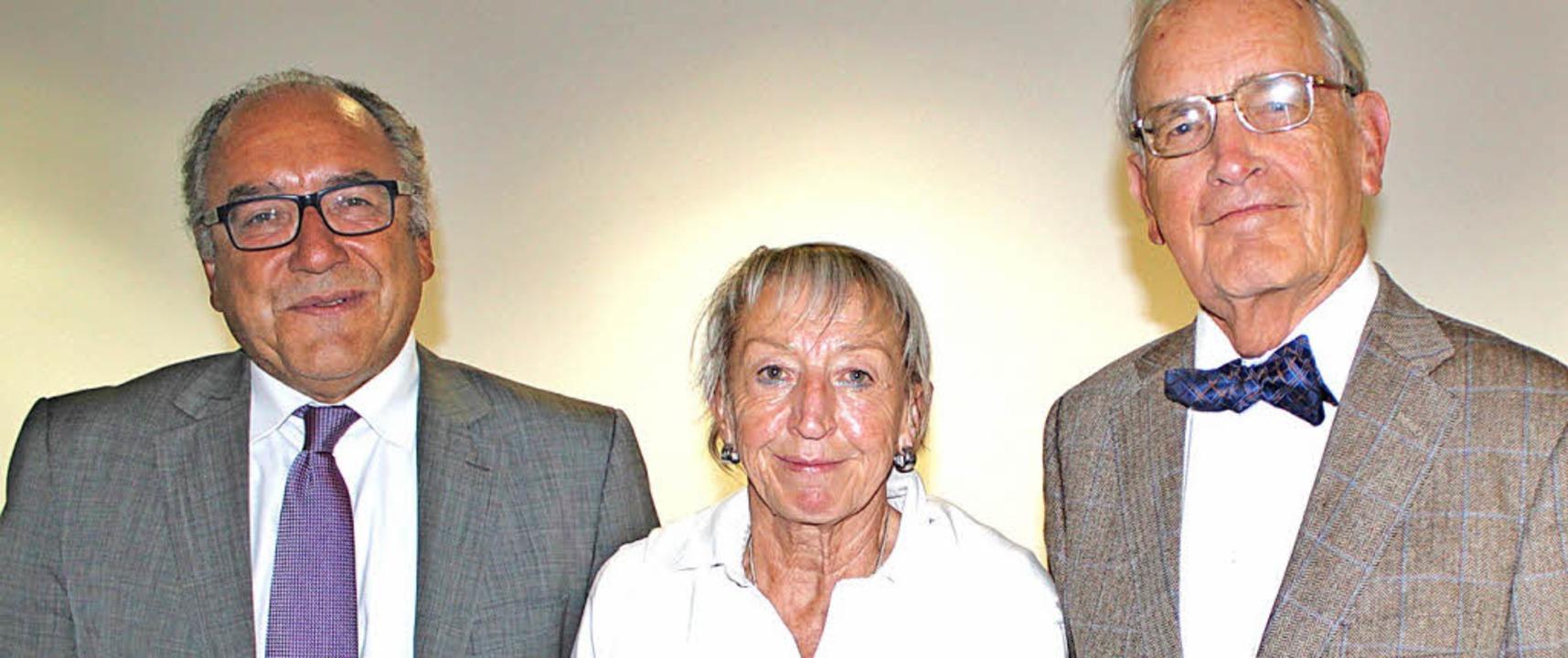 Klaus Schäuble, Hannelore Nuss und Han... Hauptversammlung nicht anwesend sein.  | Foto: Rolf Reißmann