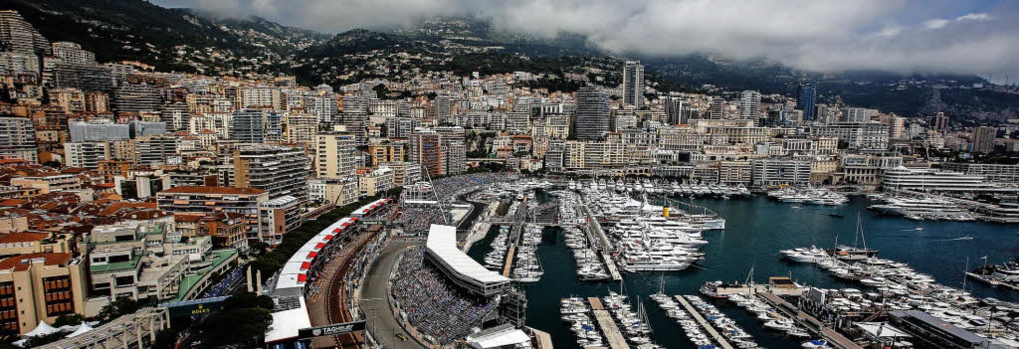 Wo die Reichen  Formel-1-Duft schnuppern: der Hafen von Monte Carlo  | Foto: dpa