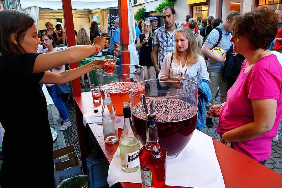 Bowle und Cocktails dürfen natürlich nicht fehlen (Foto: Hans-Peter Müller)