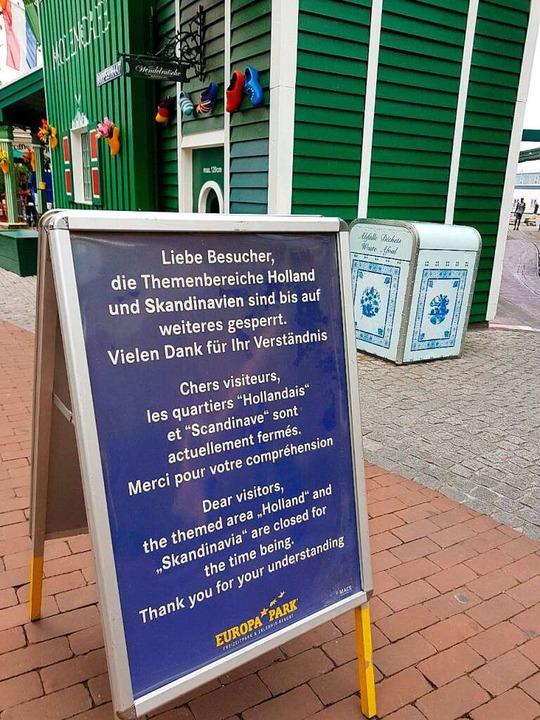 Ein Schild weist die Besucherinnen und...bereiche Holland und Skandinavien hin.  | Foto: Karl Kovacs