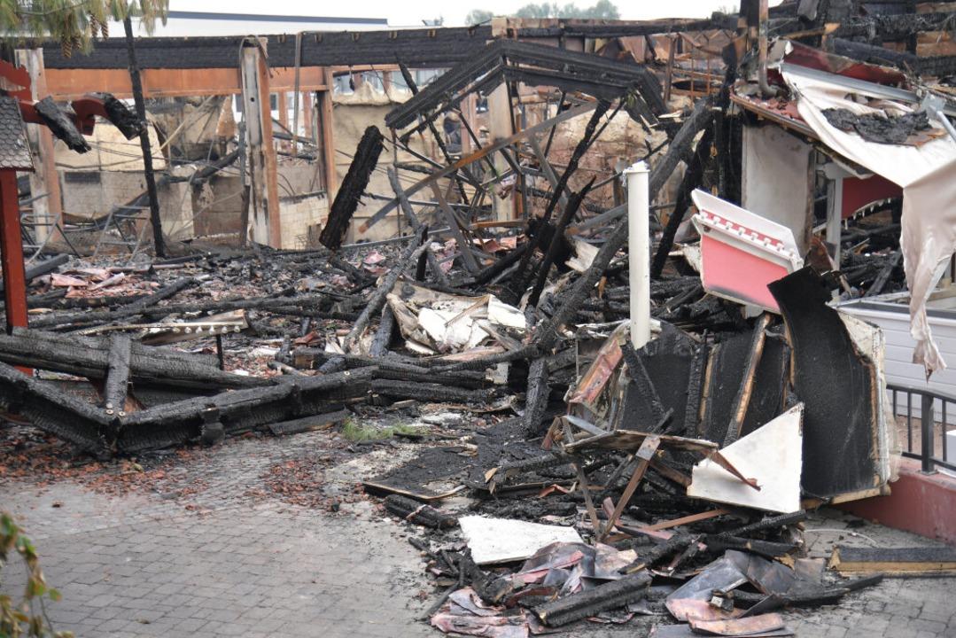 Nach dem Brand im Europa-Park    Foto: dpa