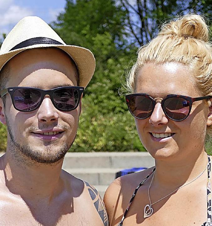 <BZ-Keyword>Lukas (29) und Julia Schle...letten ebenfalls mal renoviert werden.    Foto: Maren Seifert
