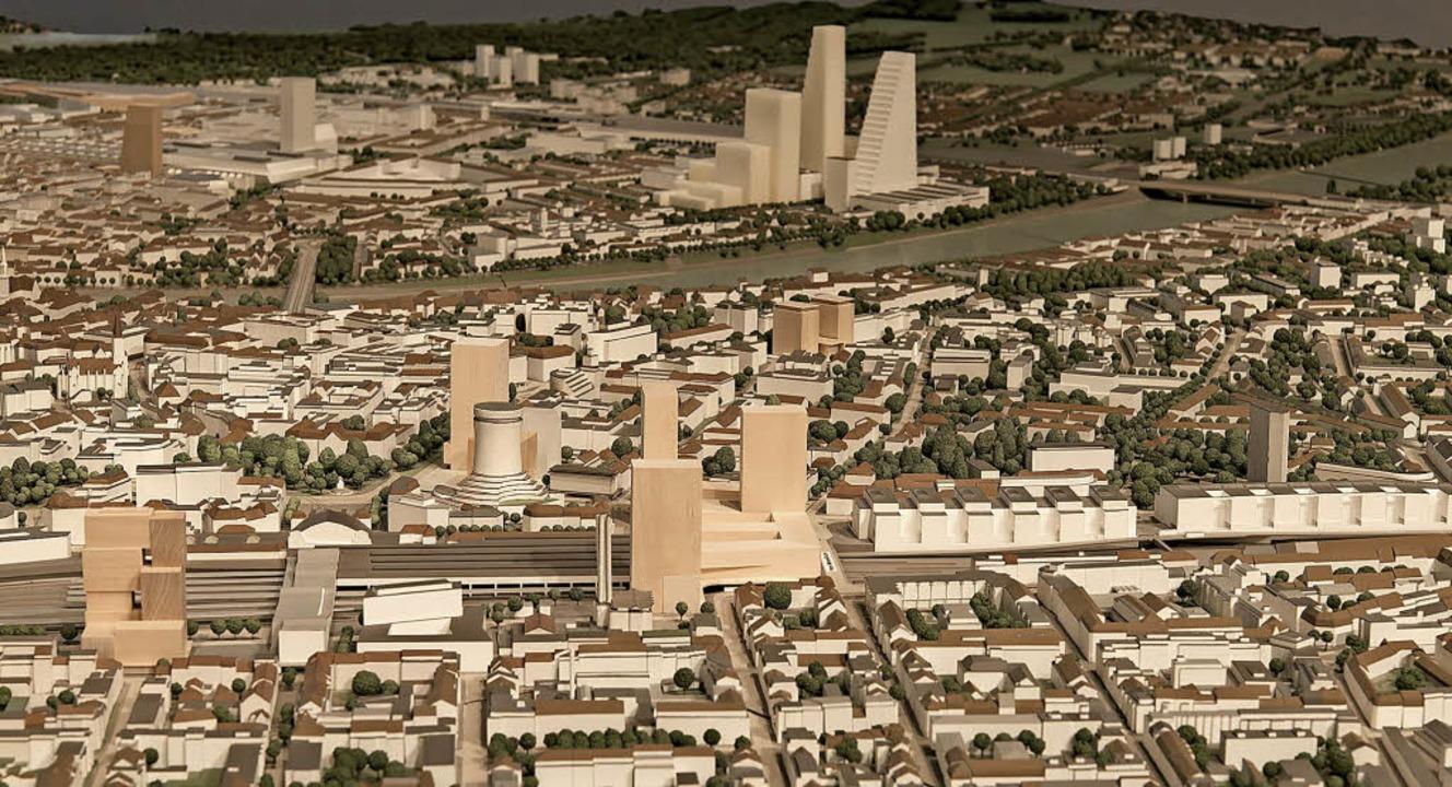 Basel wächst angesichts knapper Fläche...rm und  links der geplante Claraturm.     Foto: Stadtmodell Basel