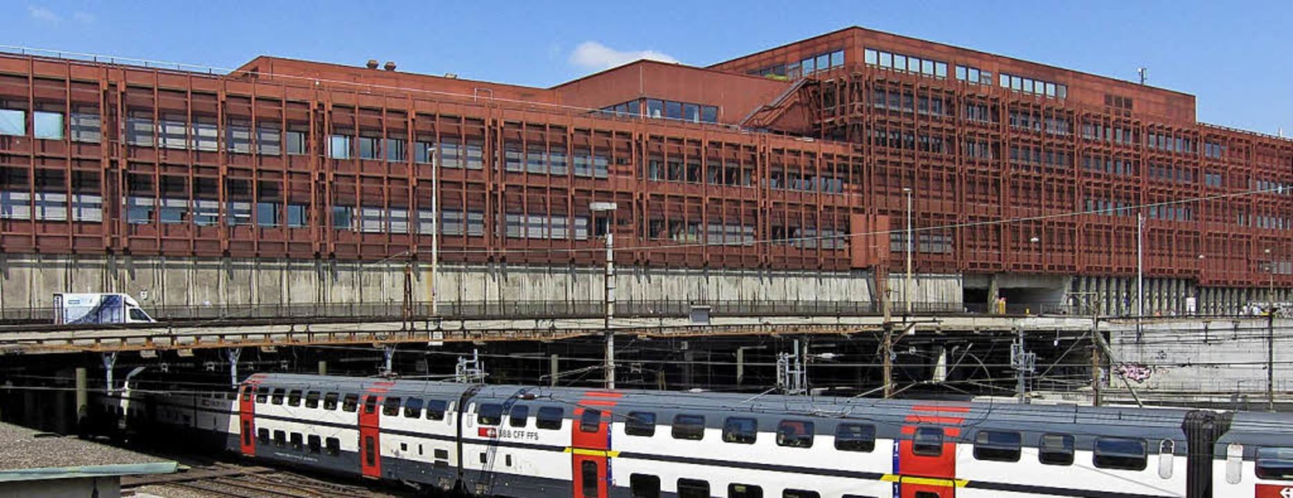 """Der """"Rostbalken"""" am Bahnhof SBB     Foto: Juri Weis/Kanton Basel-Stadt"""