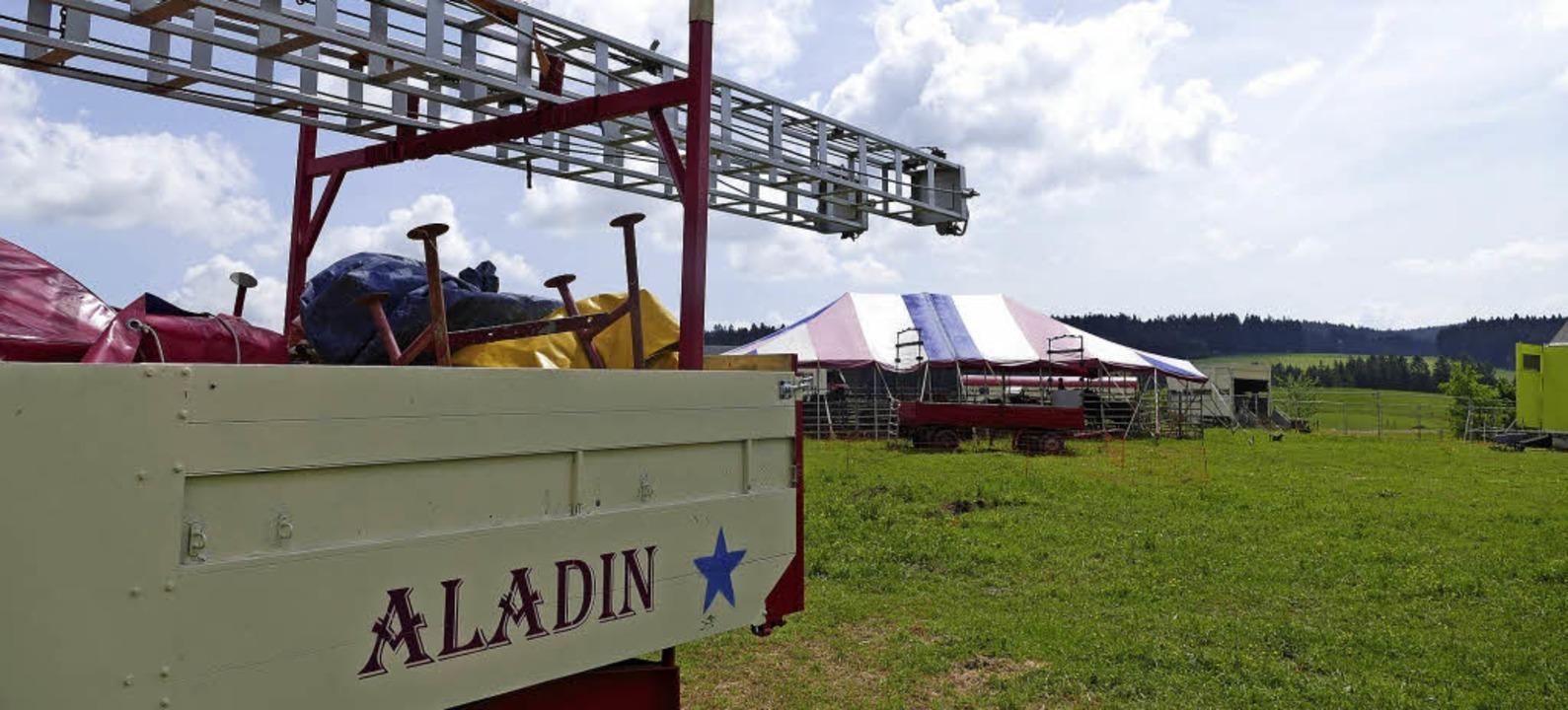 Der Circus Aladin steht derzeit noch i...kusplatz in Neustadt liegt nicht vor.     Foto: Tanja Bury
