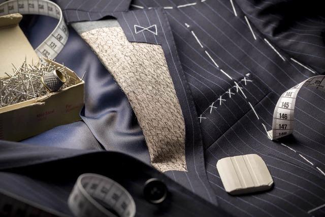 Was steckt in einem Anzug? – das Team von Max Lui aus Freiburg erklärt