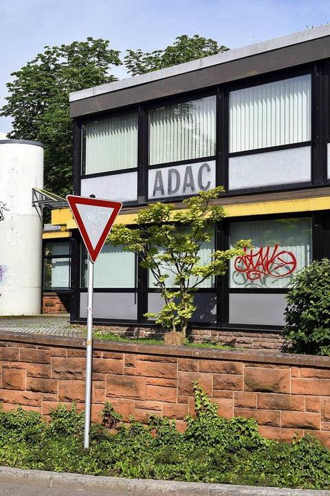 Vor fünf Jahren ist der ADAC ausgezoge...Nun soll es einen  neuen Mieter geben.    Foto: Thomas Kunz
