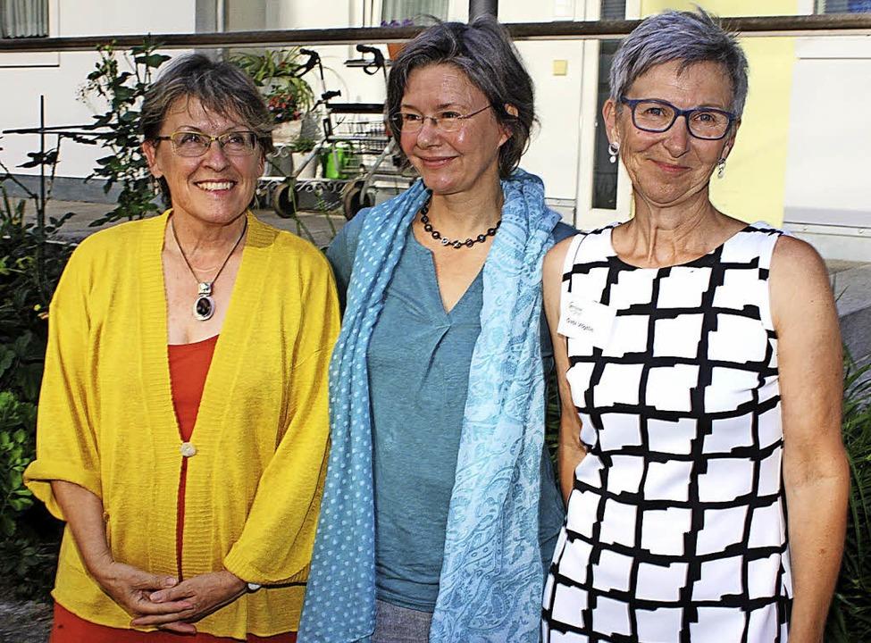 Zeitbankerinnen:  Christine Ableidinge...barschaftshilfe in Steinen erweitern.   | Foto: Fabry