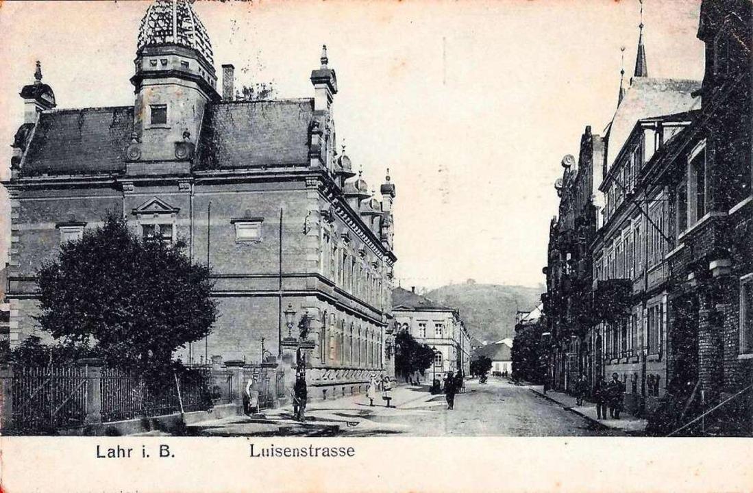 Der Blick in die Luisenstraße und auf das Postamt aus dem Jahr 1917.    Foto: Manfred Eble