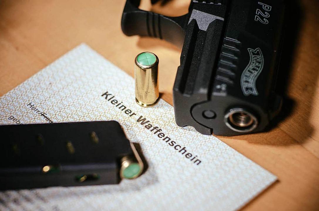 Kleiner Waffenschein    Foto: dpa