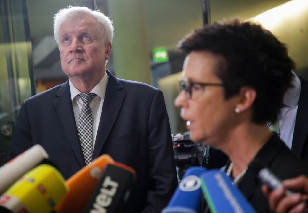 Horst Seehofer (CSU), Bundesminister f...s für Migration und Flüchtlinge (Bamf)  | Foto: dpa