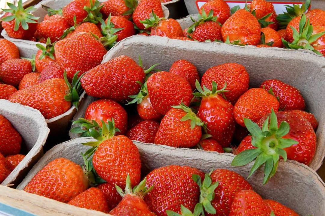 Im Wiesental ist möglicherweise ein il... anderes Obst, illegal beim Discounter  | Foto: dpa