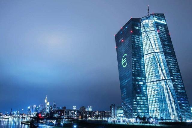 Stetes Ringen um einen stabilen Euro: 20 Jahre EZB
