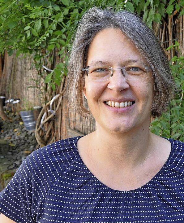 Julia Heinecke hat für  ihren Roman &#...hiert und mit  Zeitzeugen gesprochen.   | Foto: Fotos: BLV/sir