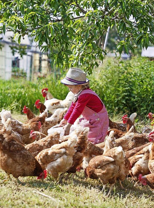 Im Umgang mit Tieren lernen Kinder ber...en Alter, Verantwortung zu übernehmen.  | Foto:  Jürgen Weisheitinger